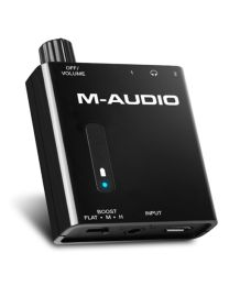 M-AUDIO 0712 BASS TRAVELER